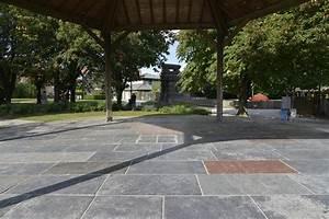Dalle Pierre Terrasse : terrasse en pierre bleue atouts conseils de pose prix ooreka ~ Preciouscoupons.com Idées de Décoration