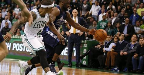 Isaiah Thomas turnover seals game for Dallas, but that's ...