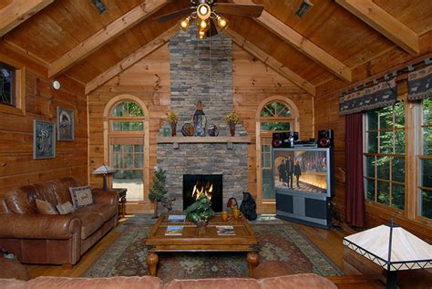 4 Bedroom Cabins In Gatlinburg by Sevierville Vacation Rentals Cabin Above Gatlinburg 4