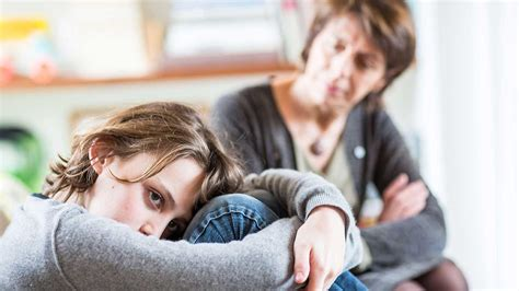 Talk Therapy May Help Depressed Teens Who Shun