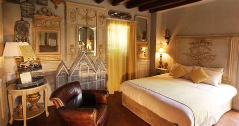 chambres d h es autour du puy du fou hotel le logis de lescure hôtels les epesses vendée