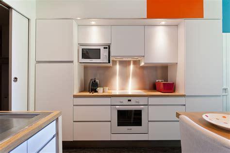 bloc cuisine studio bloc cuisine pour studio ensemble de literie bleu 20
