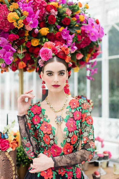 luxury black  red frida kahlo garden wedding