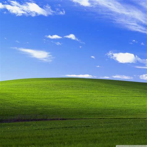 Windows-xp-default-wallpaper