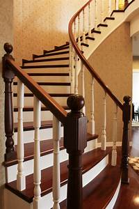 decoration With decoration escalier en bois