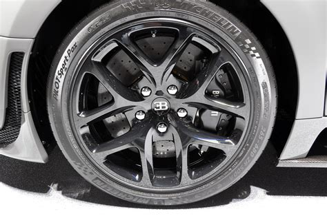 Bugatti Veyron Tires by 5 Bugatti Veyron 16 4 Grand Sport Vitesse Let S Make A Baby