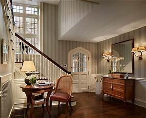 Classic Home - Home Bunch Interior Design Ideas