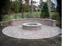 outdoor fire pit design How to Create Fire Pit on Yard Simple Backyard Fire Pit ...