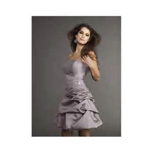 robes de mariã e courtes magnifique robe courte de soirée en taffetas gris clair efemina