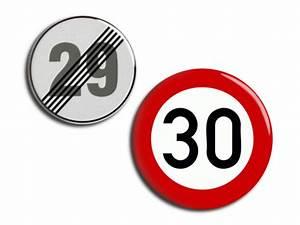 30 Dinge Zum 30 Geburtstag : weiteres 2 buttons 30 geburtstag 25mm 32mm ein designerst ck von lotte bei dawanda ~ Sanjose-hotels-ca.com Haus und Dekorationen
