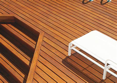 deck de madeira ipe ou cumaru como escolher  melhor