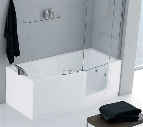 baignoire avec porte pour handicape baignoire 224 porte senior pour handicap 233 senior bains