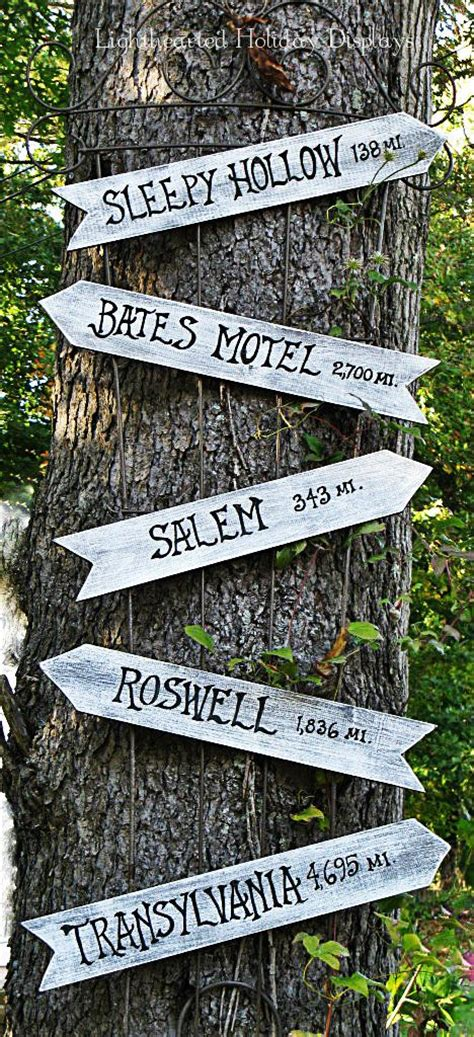 ideas  halloween signs  pinterest motels