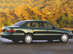 1999 Toyota Avalon Information