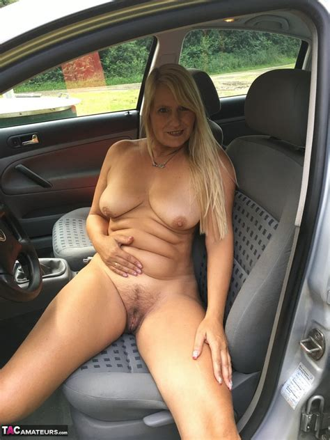 Wife Goes Dogging Freee