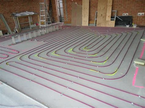 Water Radiant Floors by How Does A Water Radiant Floor Heating System Work
