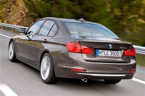 bmw  sedan review price specs