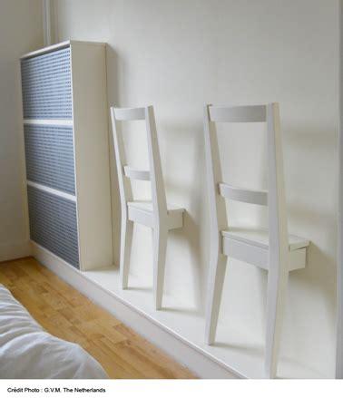 chaise pour chambre deco mur chambre avec chaise en bois ikea collee sur le mur