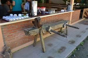 Workbenches, Mexi-Roman Style - Popular Woodworking Magazine