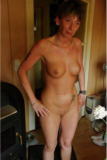 German mature homemade shows nude photos