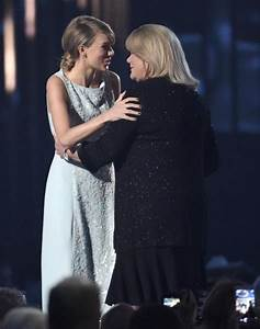 Mother's cancer nearly made Taylor Swift cancel world tour ...