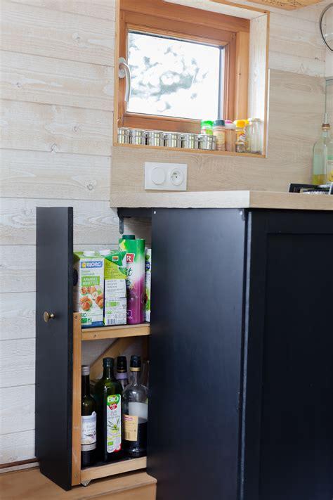 table de cuisine a vendre vendue tiny house d 39 occasion en savoie collectif tiny house