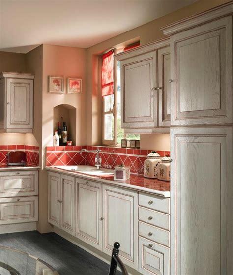 mod鑞e de cuisine modèle de cuisine style provencale cuisine idées de décoration de maison rjnymdznan