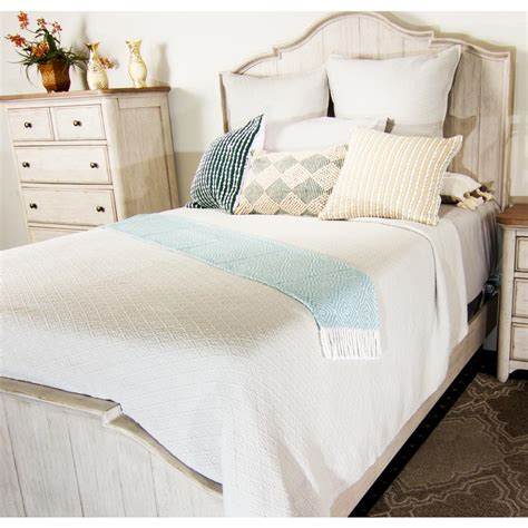 King White Coverlet by Textured Matelasse Coverlet King Size White