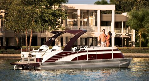 Luxury Pontoon Houseboat by Q Series Luxury Pontoon Boats By Bennington