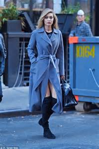 Gigi Hadid flashes her thighs on NYC Maybelline commercial ...