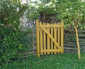 Portillon Bois Jardin : les 25 meilleures id es de la cat gorie portillon sur pinterest portillon de jardin portillon ~ Preciouscoupons.com Idées de Décoration