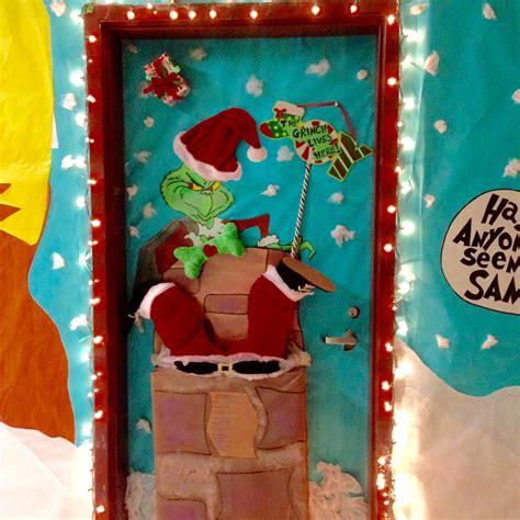 grinch  stole christmas door decorating ideas