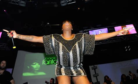 Fantasia On American Idol   LONG HAIRSTYLES
