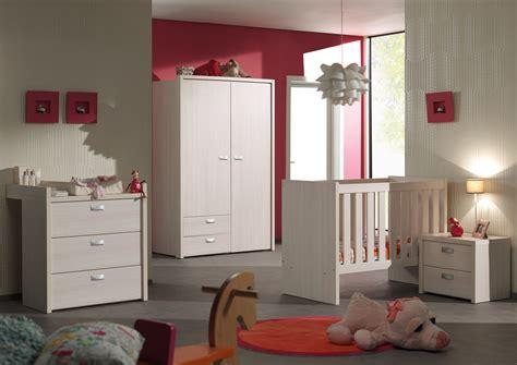 chambre bébé contemporaine chambre bébé complète contemporaine coloris bouleau clair