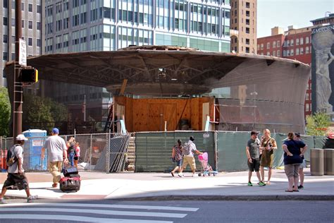 Taking 'panes' To Overhaul Philly Visitors Center In Love Park