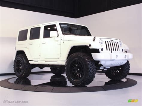 white and black jeep wrangler jeep wrangler unlimited white with black rims image 174