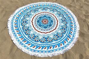 Grande Serviette De Plage Ronde : serviette de plage ronde mosa que tendances du monde ~ Teatrodelosmanantiales.com Idées de Décoration
