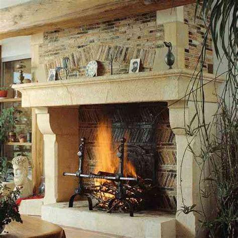 cuisiner une vieille cheminée foyer ouvert ou fermé les clés de la maison