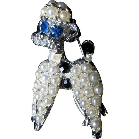 vintage animal pin brooch white poodle faux pearls blue