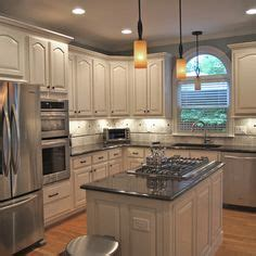 cathedral style kitchen cabinets 1000 images about kitchen remodel on 5140