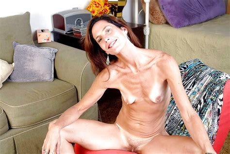 Natural Milf Mothers Neighbor Mothers In Law Aunts