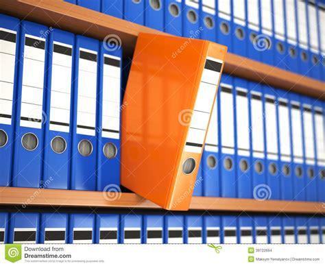 etageres archives bureau reliures de dossier de bureau sur l 39 étagère archives