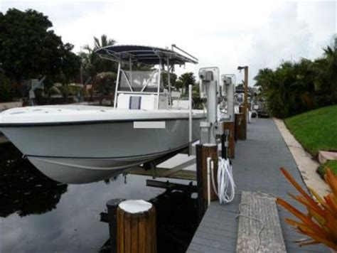 Neptune Boat Lifts Fort Lauderdale by 10 000 Elevator Boat Lift The Hull Boating And