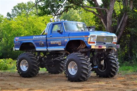 bigfoot monster truck 2 2 retro bigfoot 1