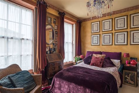 15 Extravagant Eclectic Bedroom Designs That Will Take