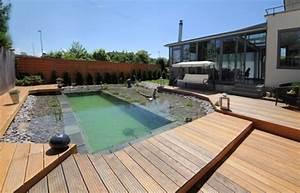 Pool Mit Holzterrasse : holzterrasse mit schwimmteiche selber bauen als kreative hofgarten idee freshouse ~ Whattoseeinmadrid.com Haus und Dekorationen
