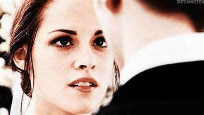 Twilight Dawn Breaking Saga Gifs Bella Edward
