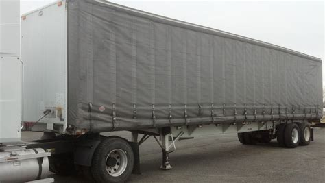 curtain side trailer decorate the house with beautiful