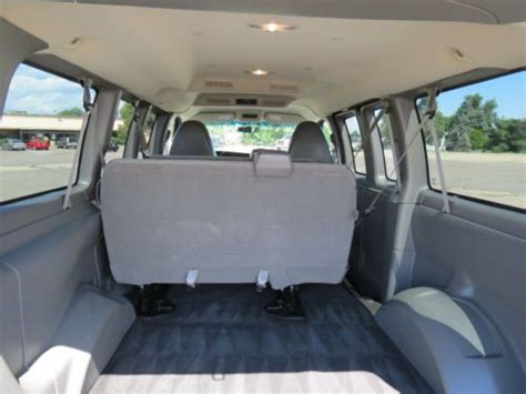 sell   chevrolet express  awd passenger van