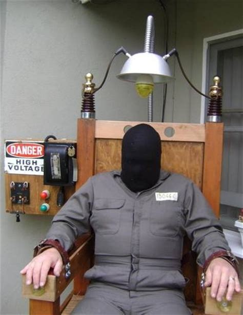 electric chair prop attraction pumpkin carve